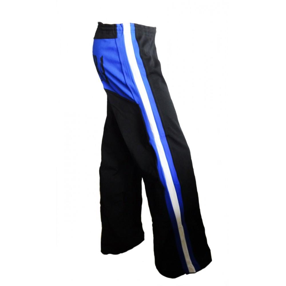 Schwarze und blaue Capoeira-Hose